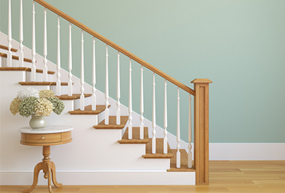 Slender balusters on modern staircase