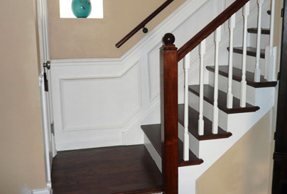 Simple Banister on Residential Staircase Makeover