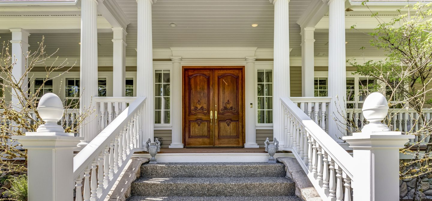 Vinyl Vs Wood Columns How To Find The Best Material For Porch Columns