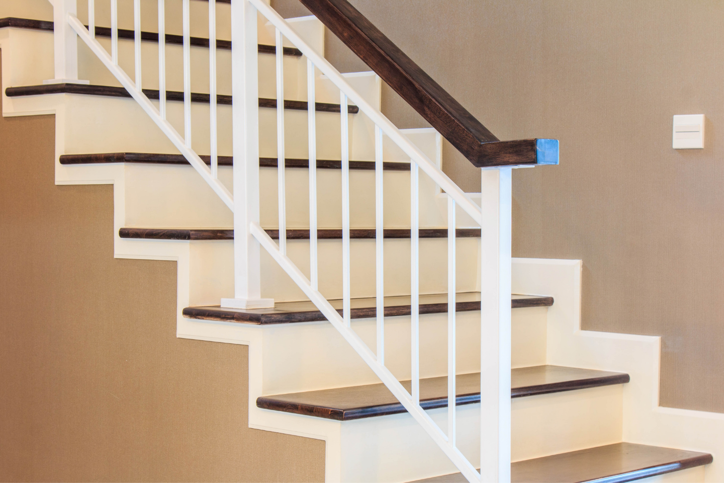 Modern wooden stair handrail and wood steps
