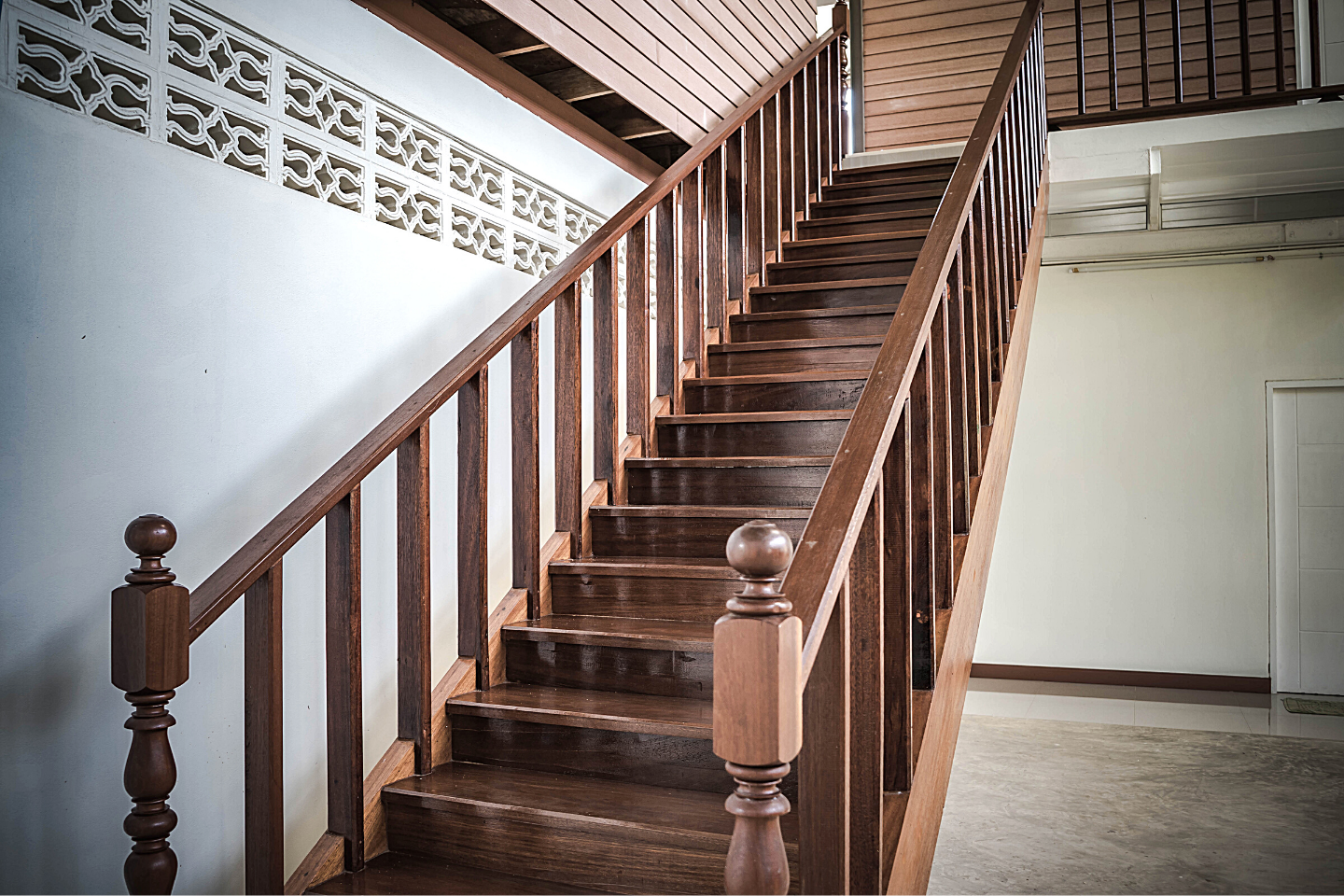 Wooden staircase renovation